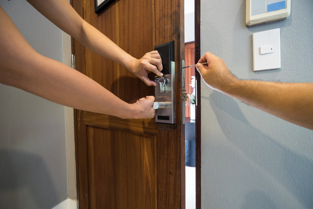 Homemade Tricks to Open a Door Without Calling a Locksmith